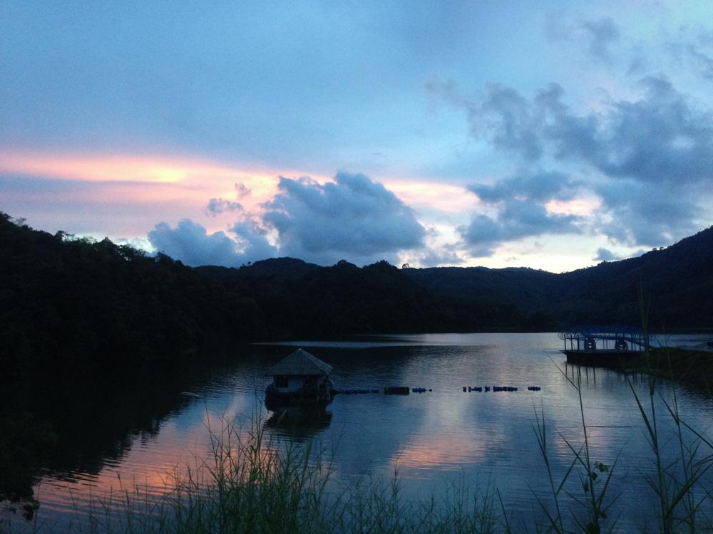 Sonnenuntergang hinter unserer Laufstrecke