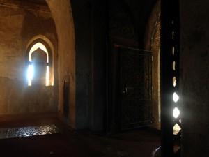 In viele der Tempel kann man reingehen – Taschenlampe in den weniger berühmten empfohlen.