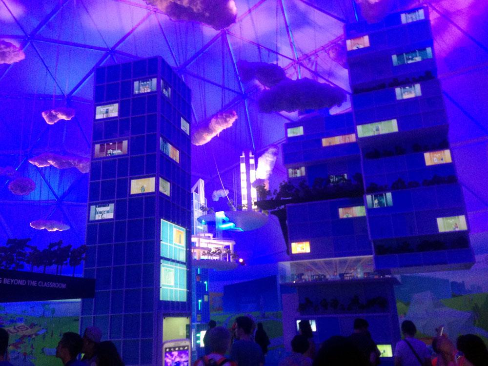 Begrünte Modellhäuser der Zukunft in der Ausstellung